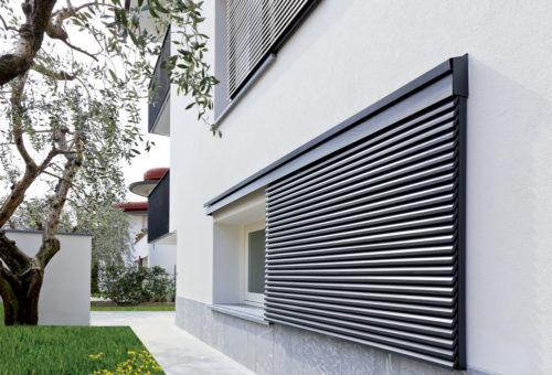 finestre-lamelle-orientabili